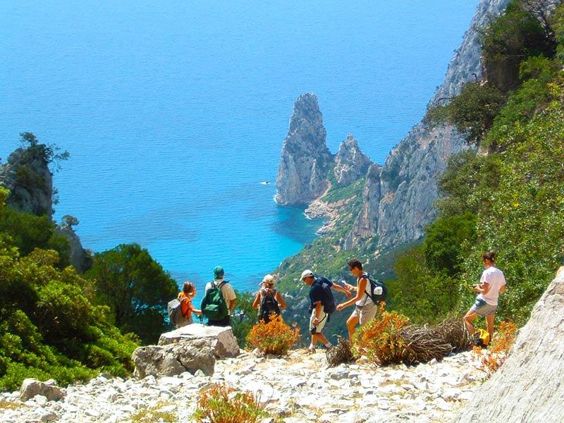 Trekking Escursioni Baunei Santa Maria Navarrese Sardegna Ogliastra