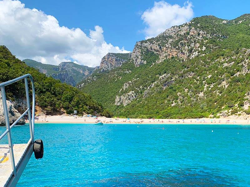 Gite in barca Escursioni Baunei Santa Maria Navarrese Sardegna Ogliastra